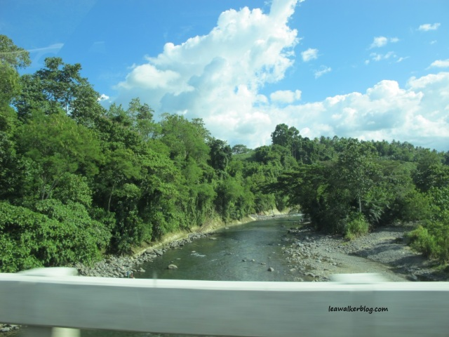 I like this river near Marilog district. :)