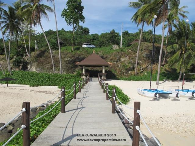 Kembali Coast, Kaputian, Samal Island (8)