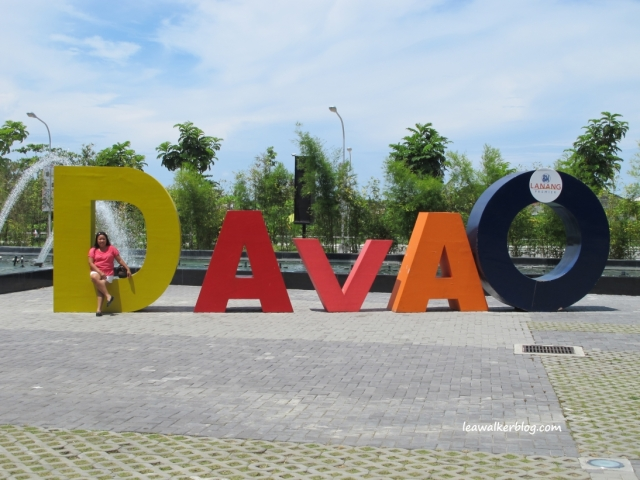 Yes, I am a proud Davaoena! :)